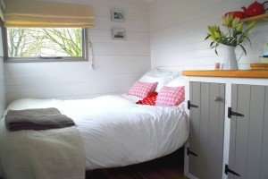 Glamping Holidays At Their Finest In Dorset- The Shepard's Angel Hut - Glamping Holidays UK