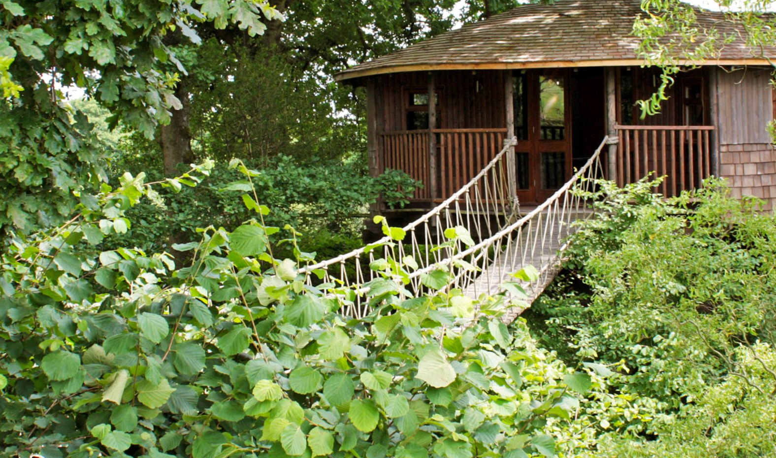 Bensfield Treehouse for your romantic holidays